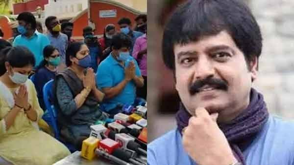 Actor Viveks Wife ArulSelvi thanked TN government for state honours