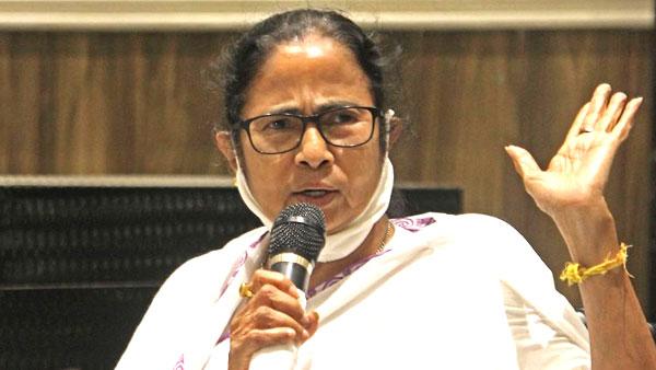 மேற்கு வங்க கலவரம்.. தேர்தல் ஆணையம்தான் சட்ட ஒழுங்கிற்கு பொறுப்பு.. ஆளுநருக்கு மமதா சாட்டையடி பதில்