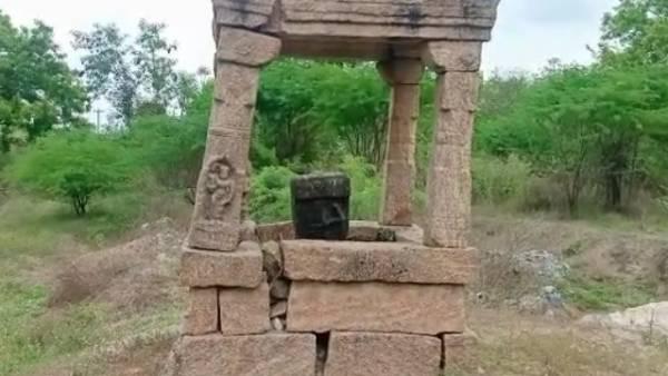17ம் நூற்றாண்டின் வில் வீரனின் நடுகல் கண்டுபிடிப்பு.. 400 ஆண்டுகள் பழமையானது!