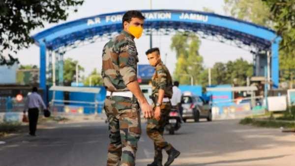 ஜம்மு விமான படைதளம்: ஹெலிகாப்டர்களுக்கு குறிவைத்து டிரோன் தாக்குதல்? முதல் கட்ட விசாரணையில் தகவல்