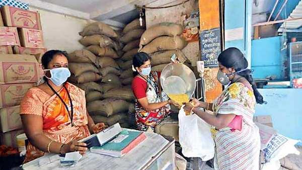 தமிழ்நாட்டில் ரேஷன் கடைகள் இயங்கும் நேரம் மாற்றம் - இலவச பொருட்கள் 15 முதல் கிடைக்கும்
