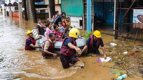 மகாராஷ்டிராவை புரட்டிப் போடும் மழை, வெள்ளம்.. 2 நாட்களில் 129 பேர் பலி.. சாலைகள் மாயம்