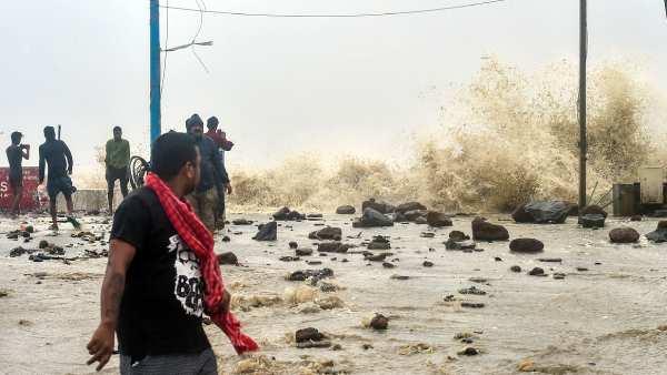 2018 கஜா புயல் போல...வங்க கடலில் உருவாகி கரையை கடந்த 'குலாப்' அரபிக் கடலில் 'ஷகீன்' புயலாக வாய்ப்பு!