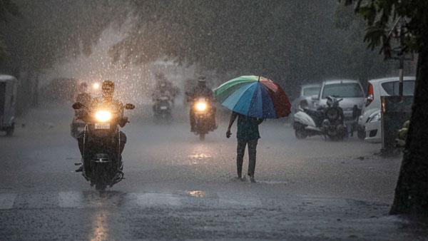 இடி மின்னலுடன் 4 மாவட்டங்களுக்கு கனமழை...சூறாவளியும் வீசும் - வானிலை அறிவிப்பு