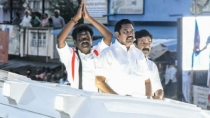 Tn Cm Edappadi Palanisamy By Election Campaign Gets Massive Welcome In Vikravandi