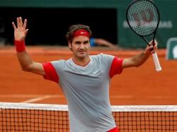 Swiss Cop Roger Federer Beats Andy Murray Face Novak Djokov