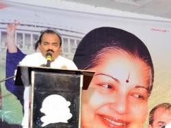 Nanjil Sampath Ops Hail Jaya