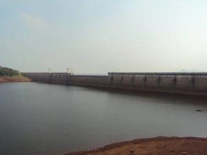வெயில் தாக்கம்: பாபநாசம் அணையின் நீர் மட்டம் சரிந்ததால் மூன்று மாவட்ட மக்கள் பரிதவிப்பு