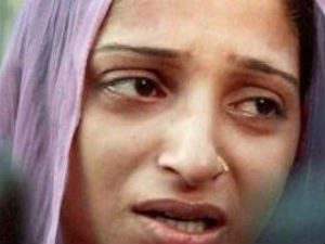 India Mahi S Mom Unhappy About Rescue Operations