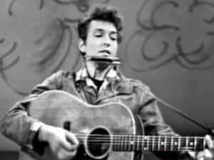 Bob Dylan S Guitar Auctioned U S 965 000 Dollar
