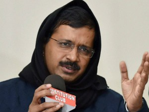 After Aap Talks Fail Warring Sections Use Media Swap Accusations