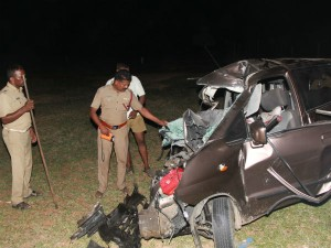 Namakkal Road Accident 4 People Killed