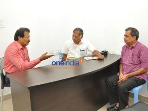 Pt Leader Krishnasamy Meets G Ramakrishnan