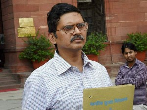Up Govt Suspends Ips Officer Amitabh Thakur