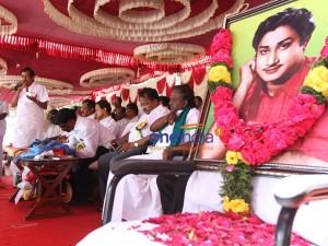 Sivaji Fans Hunger Strike On Memorial