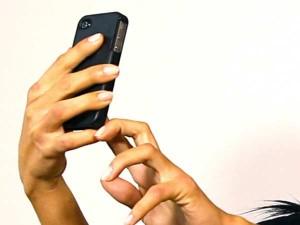 Girl Sells Nude Selfie Internet