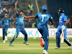 Sri Lanka Won The Toss Choose Field