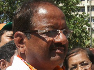 Bjp Mp Gopal Shetty Mocks Farmers Says Committing Suicide