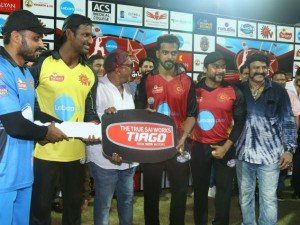 Aiadmk Support Actors Upset Over Natchathira Cricket Telecast