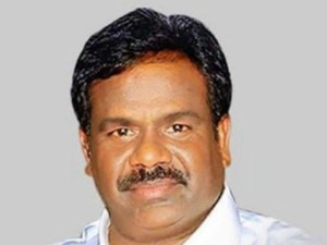 Pmk Candidate Showers Tahsildar With Money