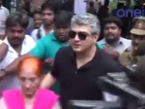 Ajith Casts Vote Tiruvanmiyur