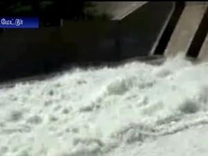 Mettur Dam Increased The Discharge Level Water