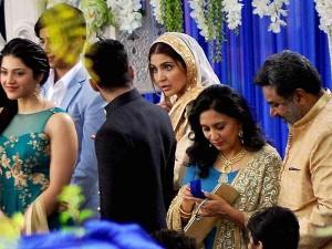 Virat Kohli Surprises Anushka Sharma Visits Her On Sets Phillauri