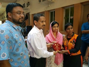 Rekha Music Dance Group Distribute Iftar Meals Workers