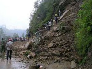 Heavy Rains Kill 54 Nepal