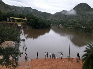 Tn Farmer Commits Suicide Against Andhra S Check Dam