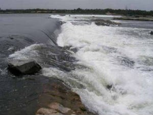 Cauvery Issue Tamilnadu Government Yet Decide On Party Meeting