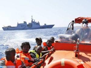 13 Killed Bangladesh Ferry Capsize