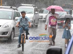 Rain Lashes Most Parts Chennai