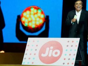 By March 2017 Reliance Jio Cover 90 Percent India Population Ambani
