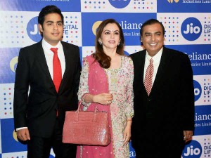Mukesh Ambani S Jio Speech Wipes Rs 15 600 Crore Airtel Idea