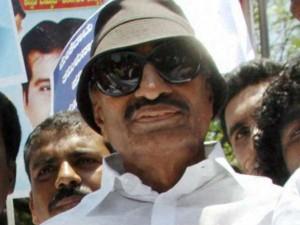 Vattal Nagaraj Oppose Release The Cauvery Water Tamilnadu