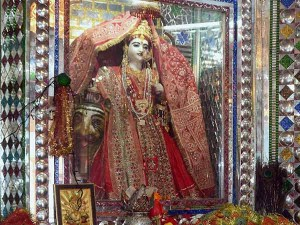 Navarathri 2016 Puja Muhurat Auspicious Timings