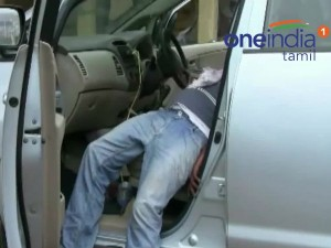 Theni Man S Body Found Locked Car