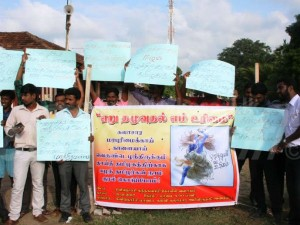 Eelam Tamils Continue Support Jallikattu Uprising