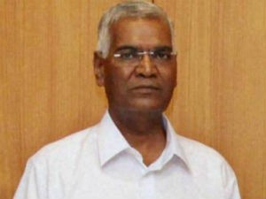 Communist Party National Secretary D Raja Condemns Police Lathi
