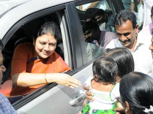 Sasikala Names Newborn As Jayalalithaa