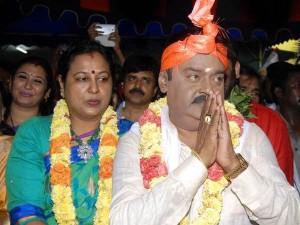 Vijayakanth Celebrates Pongal Festival Village