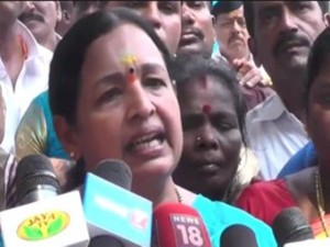 O Panneerselvam Supporters Issuing Death Threats Cr Saraswa