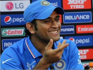 Ms Dhoni Hits Maiden 50 T20i Cricket