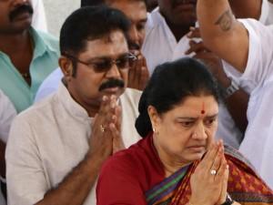 Sudhakaran Given Pressure Aiadmk Senior Mla