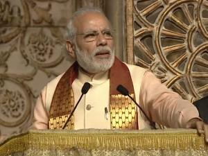 Pm Modi S Speech Fatehpur Creates Debates