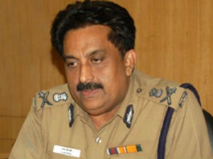 Prosecutor Requested Apology Chennai High Court Commissioner