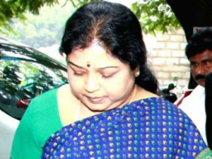 What Is Keeping Sasikala S Aide Ilavarasi Busy Jail Read Hate Letters