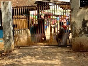 Myanmar Army Locks Border Gates
