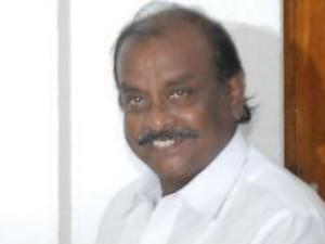 Admk Is Destroying Under The Leadership Sasikala Says Nathtam Viswanathan